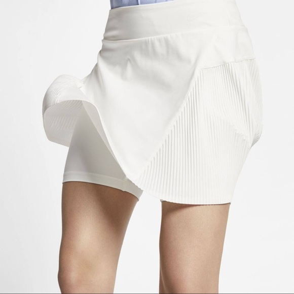 New NIKE - Dry Fit Pleated Cream Tennis Skirt NWT